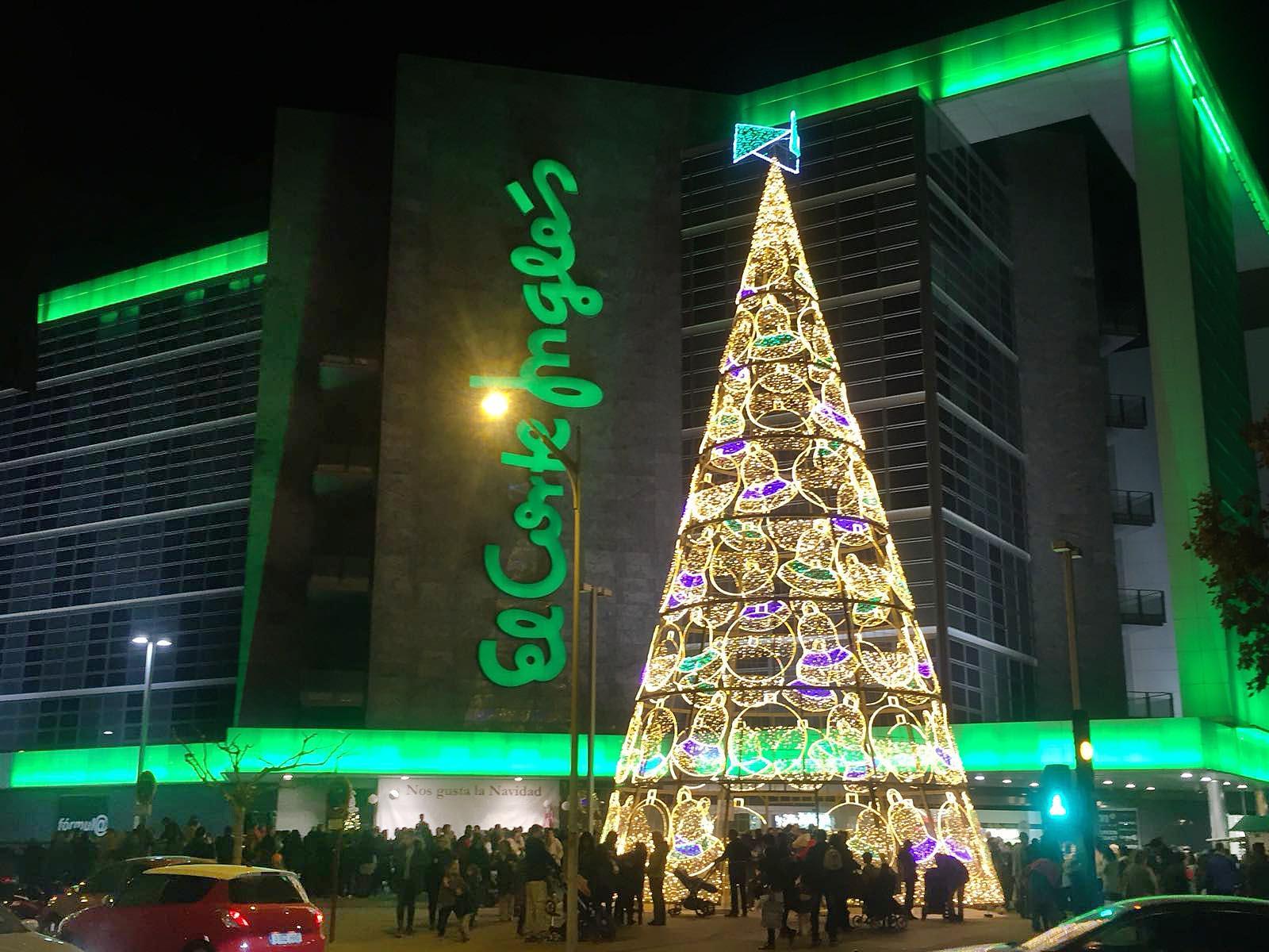 Y La Navidad Ha Llegado A El Corte Ingles De Albacete - Iluminacion-el-corte-ingles