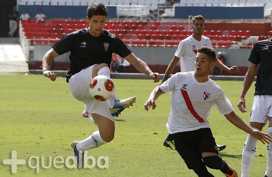 Carlos Indiano jugador Albacete Balompié a8e589eaed8e5