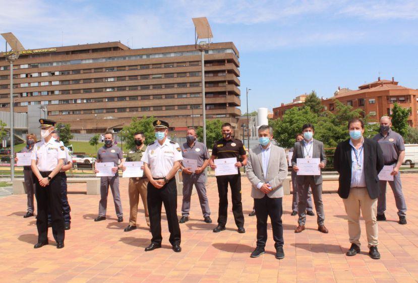 Reconocimiento a los vigilantes de seguridad en los centros de salud